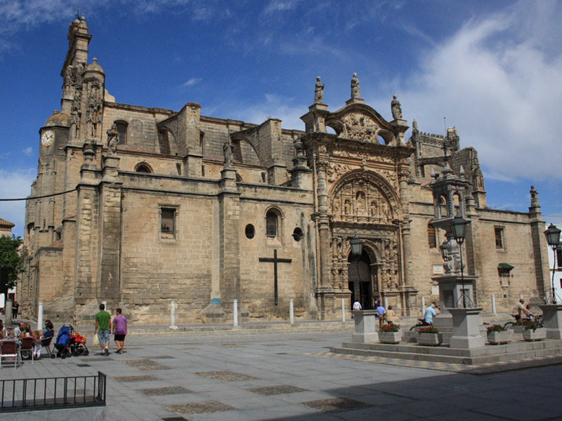 Iglesia Prioral - Plaza de España